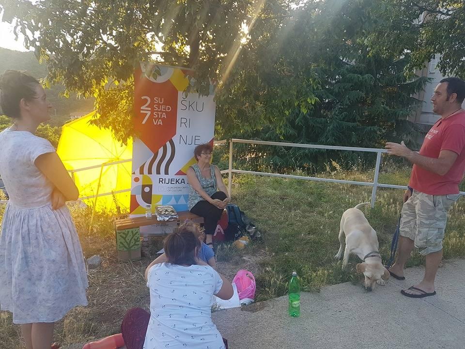 Dnevni boravak: Petkom u Bujkovoj
